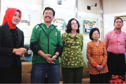 Atalia Praratya Kamil Bersama Suami Membangun Bandung