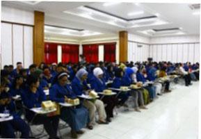 Studi Banding Universitas Negeri Semarang