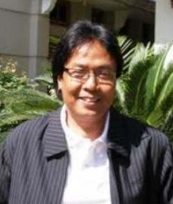 Dekan Fakultas Bahasa, Universitas Widyatama