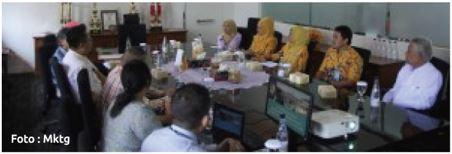Benchmarking Sekolah Tinggi Farmasi Bandung